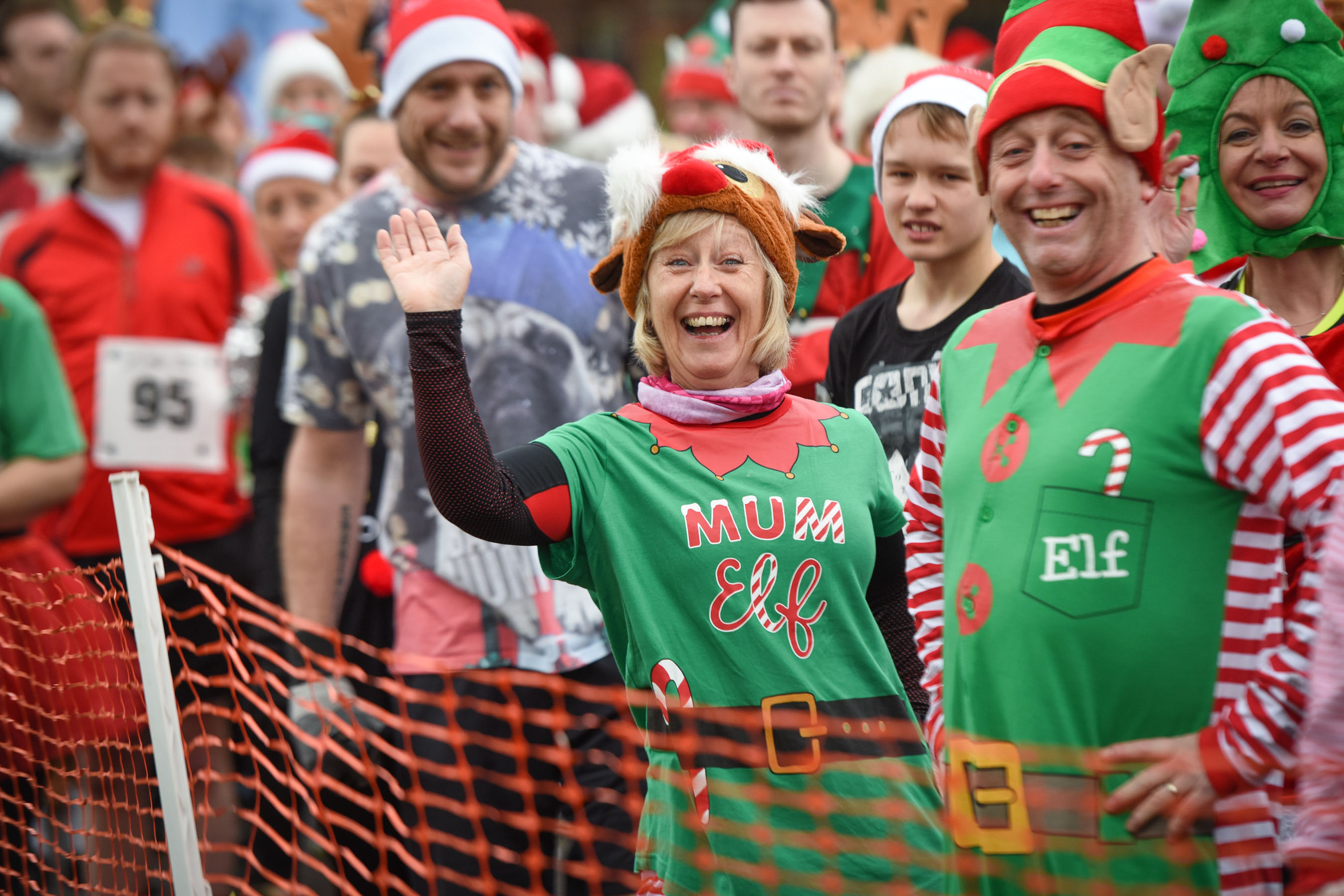 Tamworth Rudolph Run sees Santa's hit the streets for St Giles
